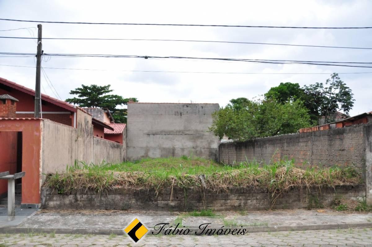 Terreno no bairro Belmira Novaes