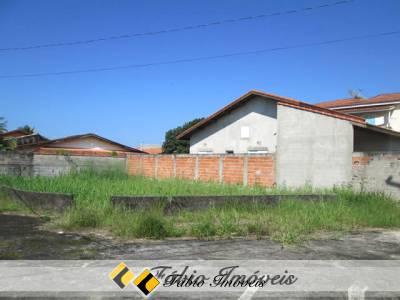 Terreno no bairro Maria Helena Novaes