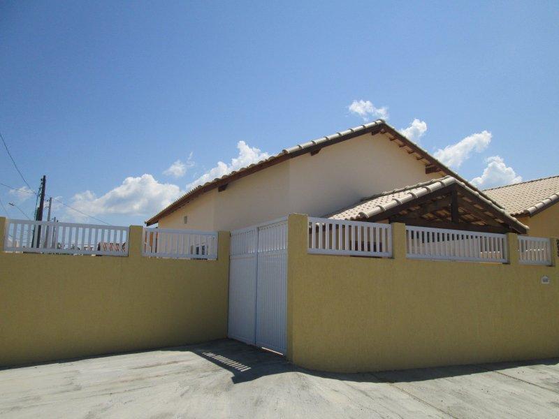 casa para venda no bairro São João Batista II em Peruíbe