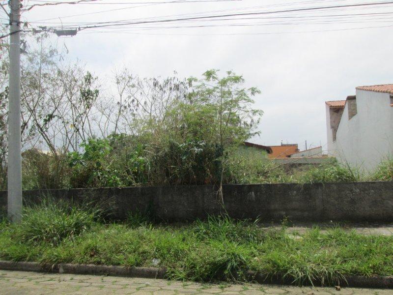 terreno para venda no bairro São José em Peruíbe
