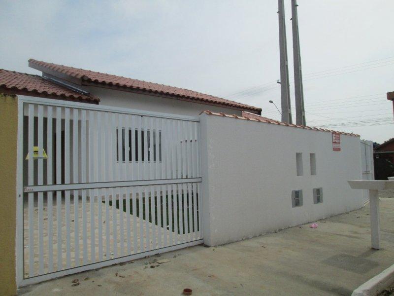 casa para venda no bairro Veneza em Peruíbe