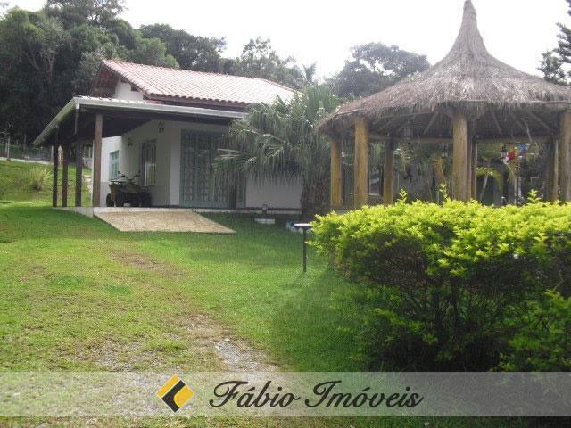casa para venda no bairro Sorocabussu em Ibiuna