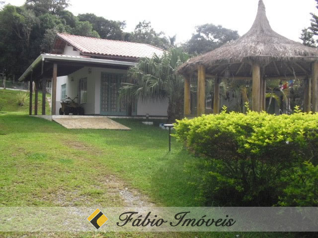 casa em Ibiuna