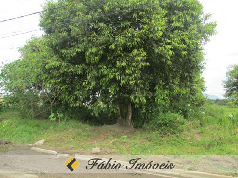 terreno para venda no bairro Jardim Somar em Peruíbe