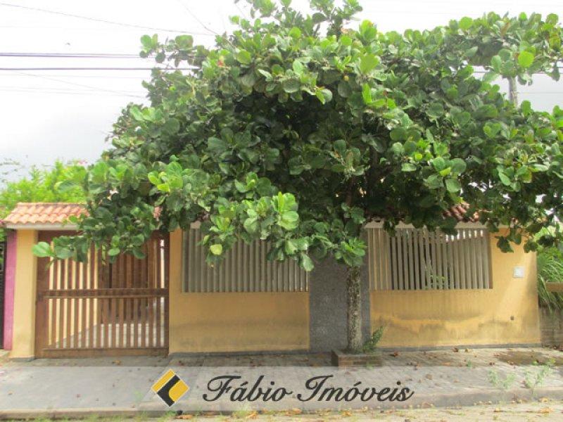 casa para venda no bairro Casablanca em Peruíbe