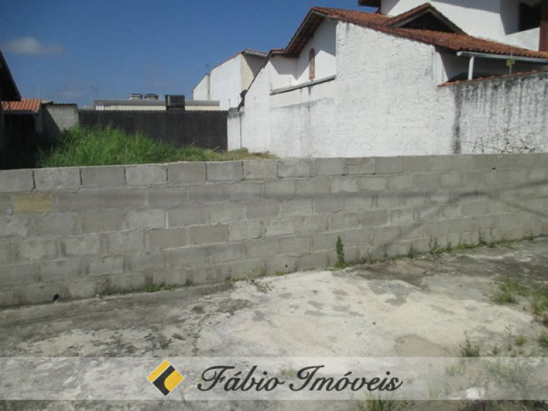 terreno para venda no bairro São João Batista em Peruíbe