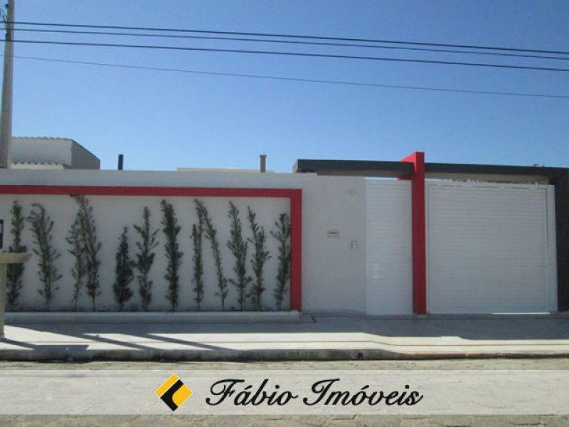 casa para venda no bairro Beira Mar em Peruíbe