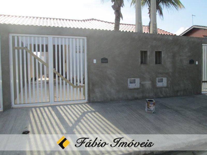 casa para venda no bairro Jardim Peruibe em Peruíbe
