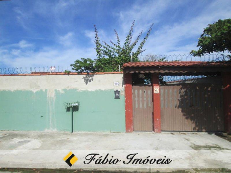 casa para venda no bairro Estância dos Eucaliptos em Peruíbe